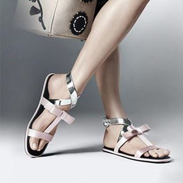 Picture for category Flat Sandals